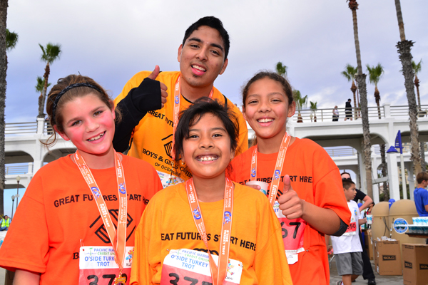 Volunteer at Oside Turkey Trot